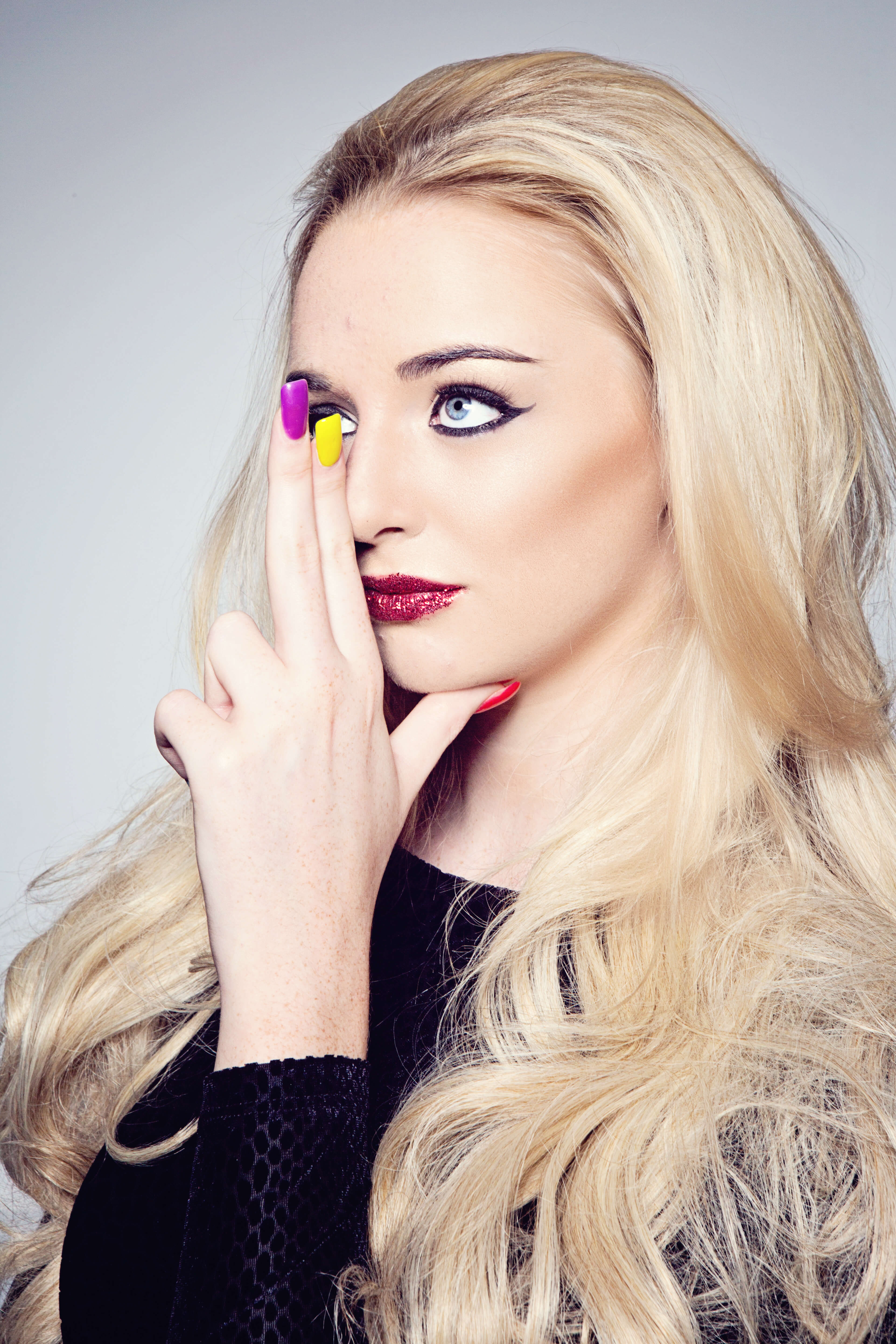 level 3 fashion and photographic make-up - chill out training